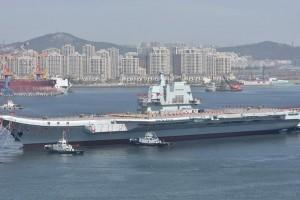 """Tàu sân bay tự đóng đầu tiên của Trung Quốc """"bắt đầu phục vụ"""" từ cuối năm nay"""