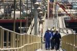 Giá dầu tăng cao chưa từng thấy ngay khi thị trường châu Á mở cửa giao dịch
