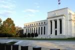 """Fed hạ lãi suất, nhà đầu tư chứng khoán Mỹ """"dè dặt"""""""