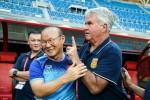 """Báo Hàn: """"Hiddink đã thất bại trước HLV Park Hang-seo"""""""