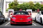 Báo cáo khoa học mới cho thấy Tesla sắp cho ra mắt công nghệ pin xe điện vận hành suốt 1.609.344km mới hỏng