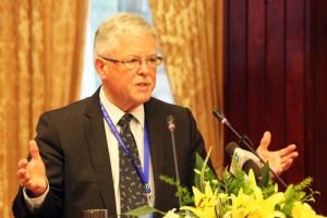 Giáo sư Carl Thayer: Việt Nam cần tạo mặt trận thống nhất đáp trả chiến tranh tâm lý của Trung Quốc