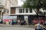 Nhà cung cấp căng băng rôn trước nhà hàng mới của ông chủ Món Huế