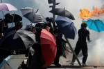 Cảnh sát Hồng Kông bắt đầu vào khu vực chiếm đóng cuối cùng của người biểu tình