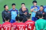 HLV Park Hang Seo nói lời cảm ơn các học trò U22 Việt Nam sau chức vô địch SEA Games 30.