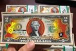 300.000 đồng cho một tờ 2 USD hình chuột mạ vàng