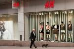 Thương hiệu thời trang nhanh H&M thử nghiệm hình thức cho thuê quần áo để bảo vệ môi trường