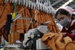 Khắp Đông Nam Á thiếu nguyên liệu may mặc do cúm corona