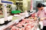 """Vì sao giá thịt heo vẫn """"leo dốc""""?"""