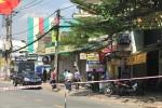 Phong tỏa đoạn đường ở TP.HCM sau tin báo vali nghi chứa bom
