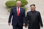 Cuộc gặp phá vỡ mọi chuẩn mực ngoại giao của Trump - Kim