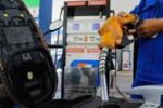 Xăng RON 95, dầu diesel cùng giảm giá