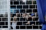 CĐV Hải Phòng đập cửa phòng họp báo đe dọa trọng tài