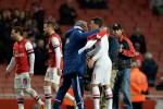 Oezil lần đầu hé lộ màn chửi thậm tệ của Mourinho