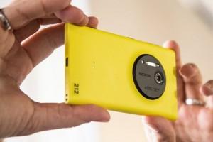 Smartphone Nokia sẽ dùng ống kính Carl Zeiss?