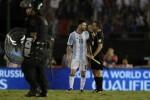 Messi bị nghi ngờ sỉ nhục trọng tài sau trận thắng của Argentina
