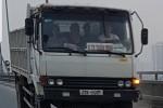 Xe tải chạy ngược chiều trên cầu Nhật Tân bị đề nghị xử phạt