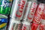 Phát hiện chất thải của người trong lon nhôm Coca-Cola
