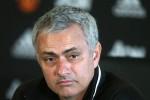 Mourinho hối hận vì đối xử tệ với Schweinsteiger