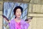 Nghệ sĩ hài Thúy Nga tá hỏa khi nhìn tượng sáp, đòi cất vào kho