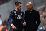 Về lại La Liga, Real Madrid mất trọn hàng công