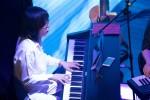 Con trai nhạc sĩ Nguyễn Ánh 9 biểu diễn với đàn guitar 6.000 USD