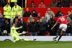 Vì sao Ibrahimovic phải ngồi ngoài khi gặp Chelsea?