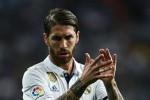 Ramos bị cấm 1 trận sau cú vào bóng thô bạo với Messi
