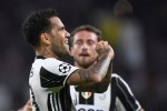 Với Dani Alves, Juventus tìm thấy 'Messi 0 đồng'