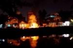 Một người đàn ông bị cháy như đuốc bên sông An Cựu