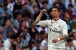 Ronaldo sắp tiếp bước Messi hầu tòa vì trốn thuế