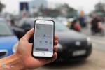 Hà Nội cấm dịch vụ đi chung xe của Uber, Grab