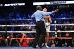 McGregor tố trọng tài chấm điểm thiên vị Mayweather