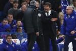 HLV Conte 'khẩu chiến' Mourinho sau trận hòa Roma
