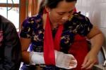 Khởi tố thanh niên chém nhân viên y tế vì bị từ chối truyền nước
