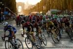 Hoãn Tour de France